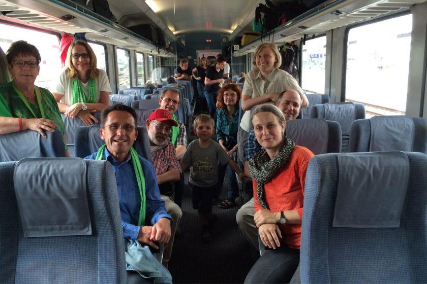 Bensheimer Katholikentagsgruppe auf der Heimreise von erlebnisreichen Tagen in Leipzig.