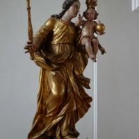 Liturgie und Raum - barocke Madonna