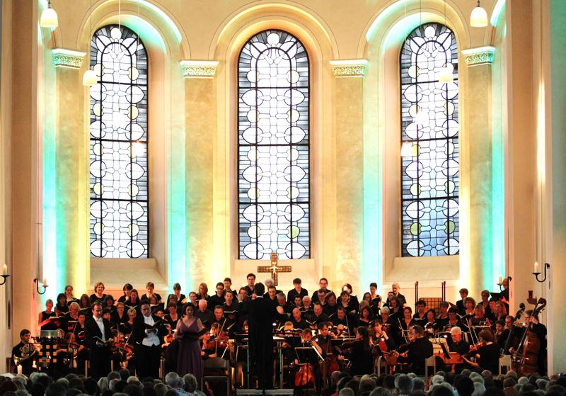 Kammerchor mit Orchester